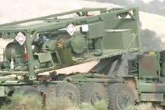 一抹军绿 美国奥什科什重型高机动卡车展示