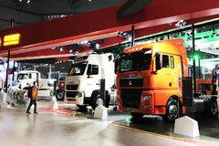 【上海车展】L4无人驾驶牵引车 www.js77888.comT7H售价50万 重汽展台大爆料!
