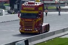 斯堪尼亚V8的声浪――卡车活动篇