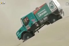 2015达喀尔第9赛段卡车组-卡玛斯继续统领榜单