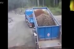 全世界最厉害的卡车司机集锦!这技术就问你服不服?