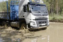 120公里烂泥路不叫事儿 沃尔沃卡车在西伯利亚