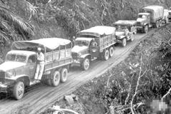 70年前直面死亡的浴火挑夫 向曾经滇缅公路上的运输英雄致敬!