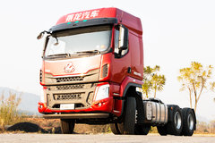 6x4牵引自重只有7.7吨 乘龙H5轻量化车型试驾