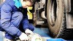 老司机强行拆下后轮毂 打开防尘盖就尴尬了