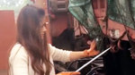 安徽85后农村女孩,为了生活驾驶13米大挂车跑长途