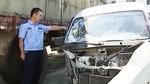 两车相撞司机因没系安全带被甩出车外十余米 伤势严重