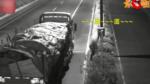 货车司机偷偷给测速探头喷漆,结果却被监控探头拍到