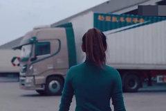 佩服!这位女货车司机,上青藏高原毫无压力