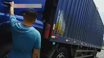 大货车散发浓重异味,司机神情紧张,货车里装的是什么?
