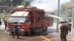 神操作!货车行驶中突然起火,司机灵机一动直接开进了消防大队