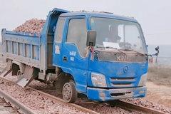 钢轨上的小货车你见过没?真有两把刷子...