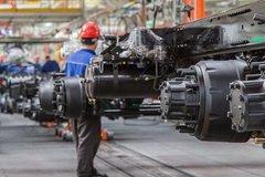 從一卷卷鋼板 到一輛輛嶄新的豪華重卡 卡車的生產過程讓人大開眼界!