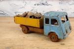 1960年的废旧卡车模型 大师级修复后瞬间跟新的一样