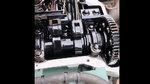 邵将修卡车:使用劣质机油,造成发动机内产生大量黑色油泥