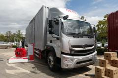 快递专用4x2中卡 9.8米货箱67.8立方米 时代领航ES7有啥不一样