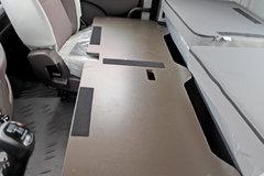 30秒变身1米大床 乘龙H5卧铺这样折叠太方便了