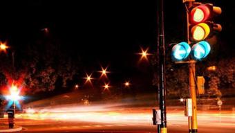 红绿灯新国标来了 通行口诀要牢记 一旦走错6分不保