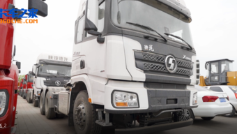 大件运输选啥车 550马力配轮减桥 陕汽德龙X3000来报道