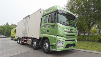 驾驶室大不大 数据来说话!解放J7 8X4载货车到底什么水平?