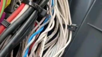 你还在附加电器设备走原车线路吗? 小心车辆线路自燃