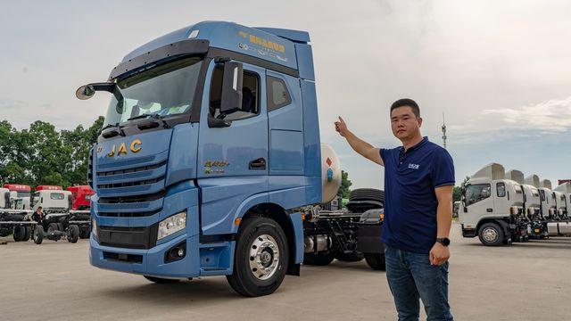 15L排量 530马力 2600扭矩 配AMT变速箱 燃气车也能干高效物流!