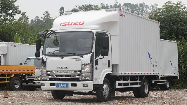 4KH1五十铃动力加持 庆铃M100定位高端城配物流运输
