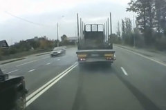 好险!那些化险为夷的货车司机们