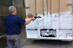 国外卡车为何总是特别干净 原来他们有这种清洁大法