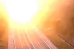 高速公路上突然爆炸 场面太震撼!