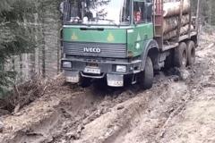 卡车真实版旋转轮胎 竟然是这样的体验
