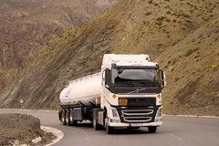 卡车司机的世界(1):这里山路险 开慢一点再慢一点